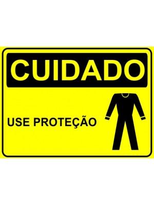 Placa de  Sinalizacao Cuidado Use protecao